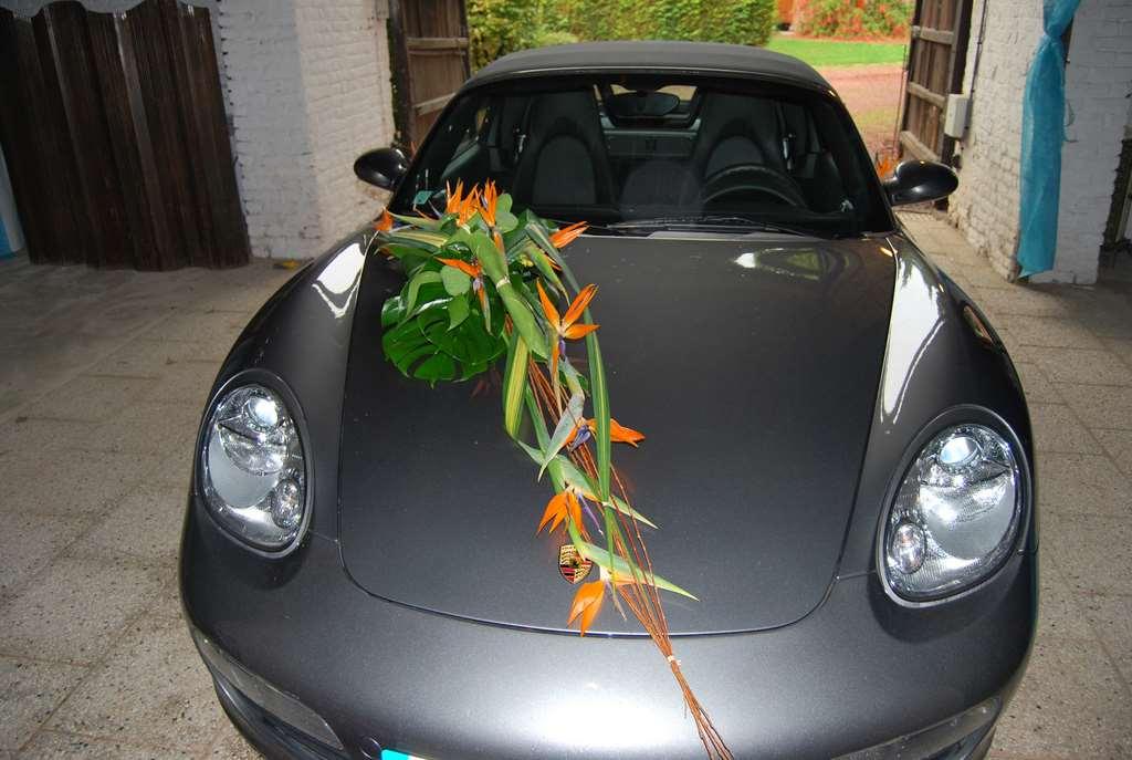 Des fleurs pour votre mariage dans le nord la botte de - Decoration voiture mariage originale ...